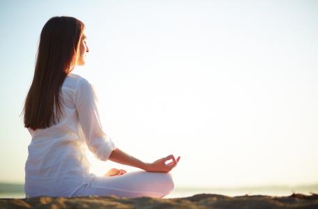 App de mindfulness y meditación (suscripción anual)